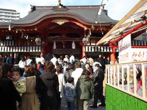 2005_01_02_Ikuta_Shrine.jpg