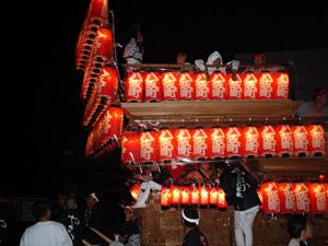 2005_10_09_danjiri_matsuri_lantern_parade_02.jpg