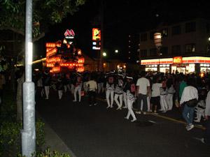 2005_10_09_danjiri_matsuri_lantern_parade_03.jpg