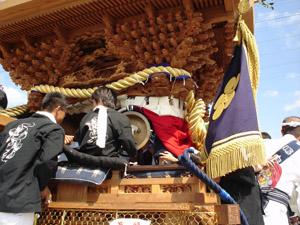 2005_10_09_danjiri_obu_woodwork_04.jpg